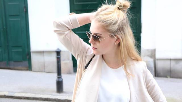 oliviasly_Mai_Spring_Look_Messybun_Highwaist1