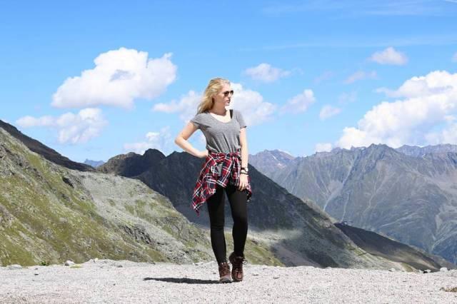 oliviasly_travel_diary_sölden_outfit_karo_hemd8