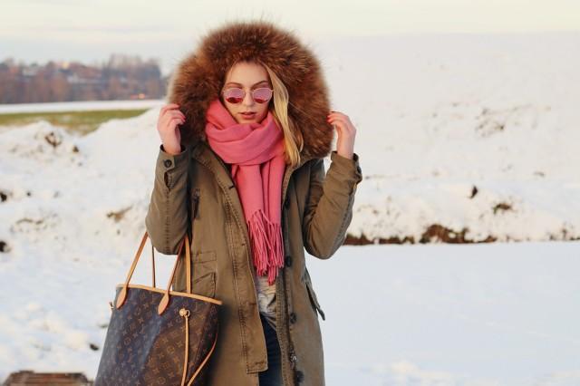 oliviasly_winterwonderland_outfit_parka_timberland_winter_fashion15