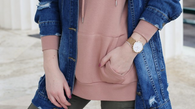 oliviasly_fashion_challenge_hoodie_ourfit_sweater_streetstyle1
