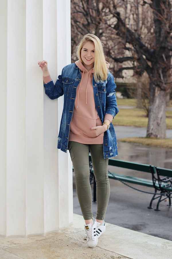 oliviasly_fashion_challenge_hoodie_ourfit_sweater_streetstyle3