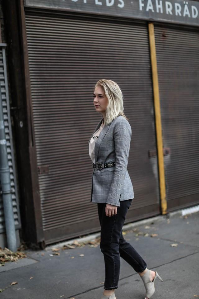 oliviasly_outfit_MQ_Vienna_Fashionweek_Karo_Blazer_style-4